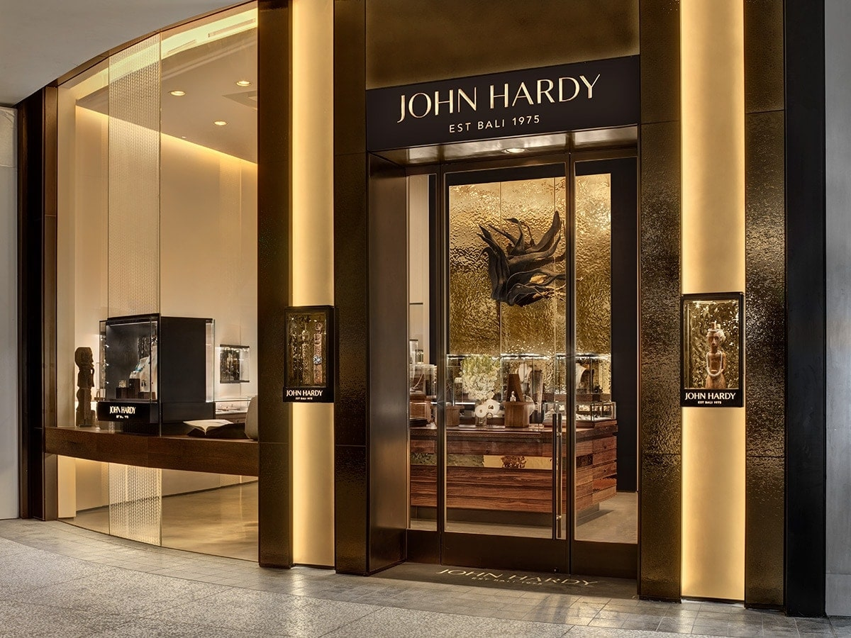 John Hardy Aventura Offers the Ultimate Shopping Experience