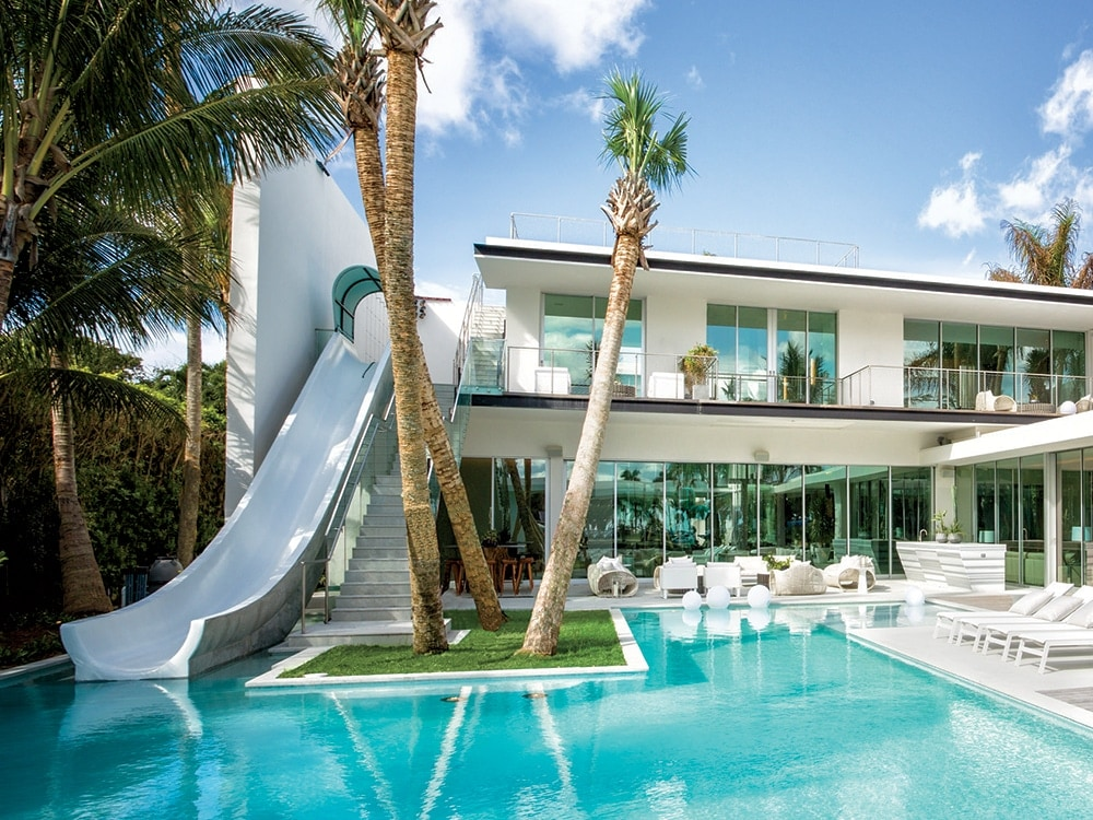 Barry brodsky 39 s newest miami home features a waterslide for Big houses in miami