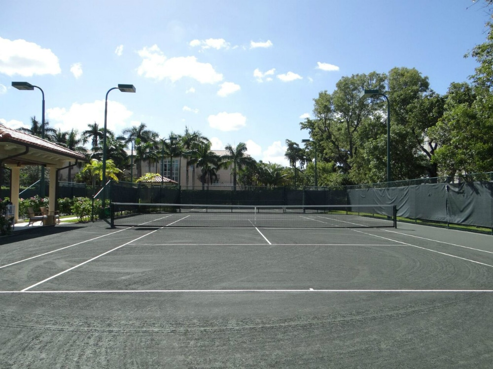 Canas-Turnberry-Isle-Miami-Hotel-Tennis-Court.