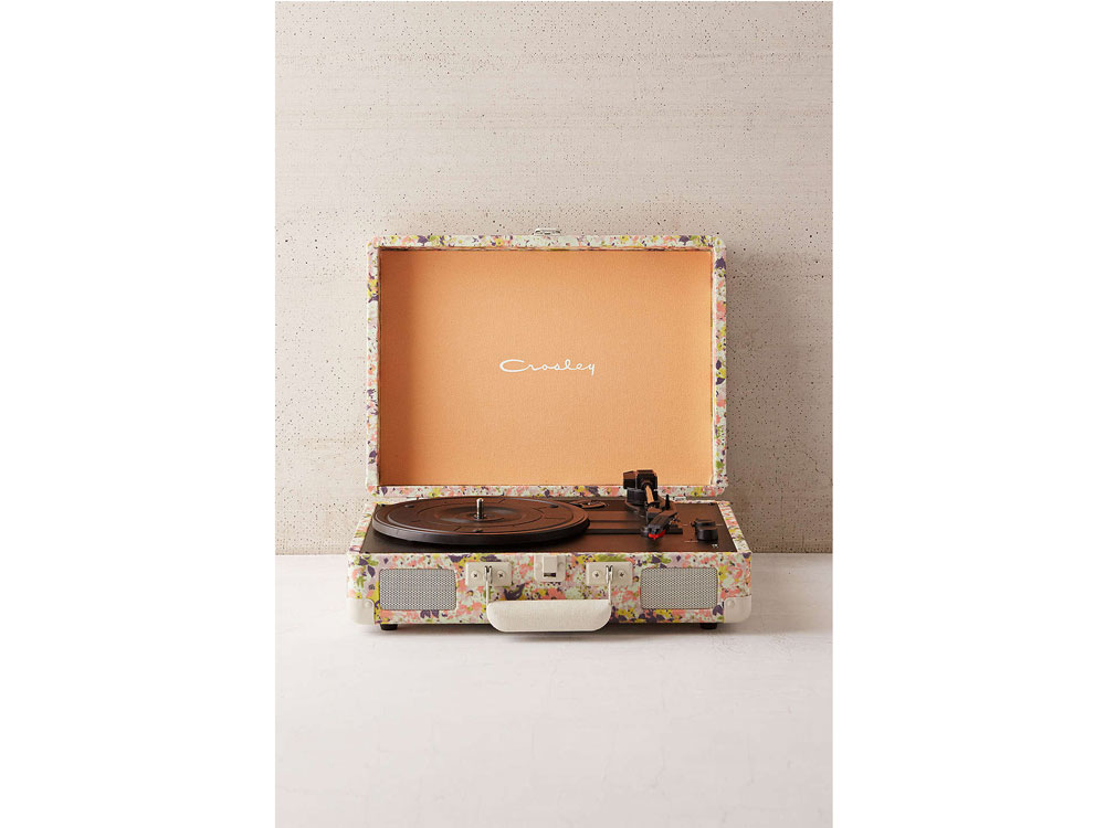 Crosley-Presley-Record-Player-Bluetooth-Floral-Home-Interior-Decor-Spring.jpg