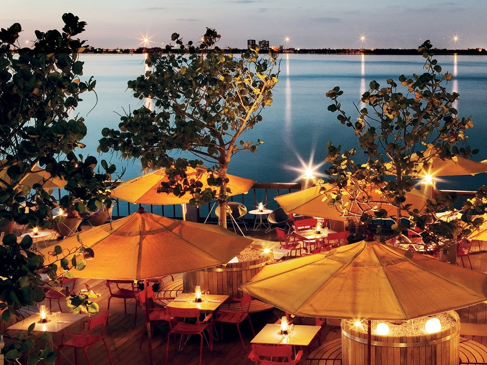 Where to dock dine in miami for Garcia s seafood grille fish market