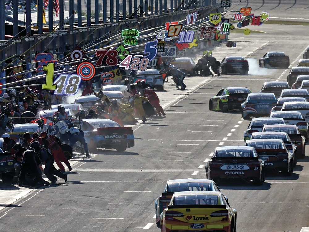 NASCAR championship race: Drivers, standings, rules, schedule