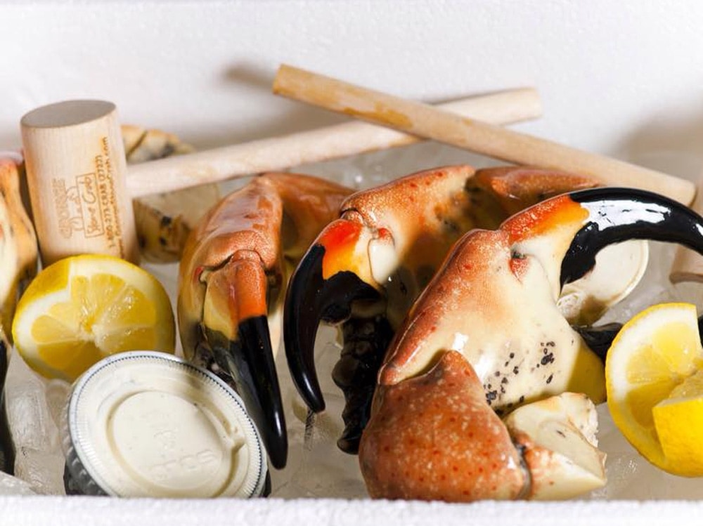 Where to eat during stone crab season in miami for Garcia s seafood grille fish market