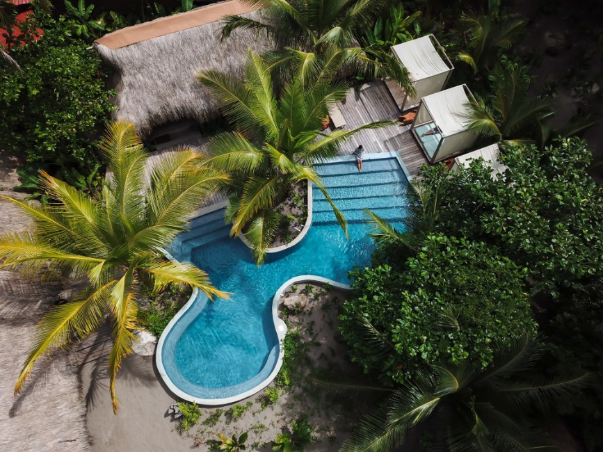 Isla_Palenque_Drone_Pool_5_(Coffee_Abroad)_copy.jpg