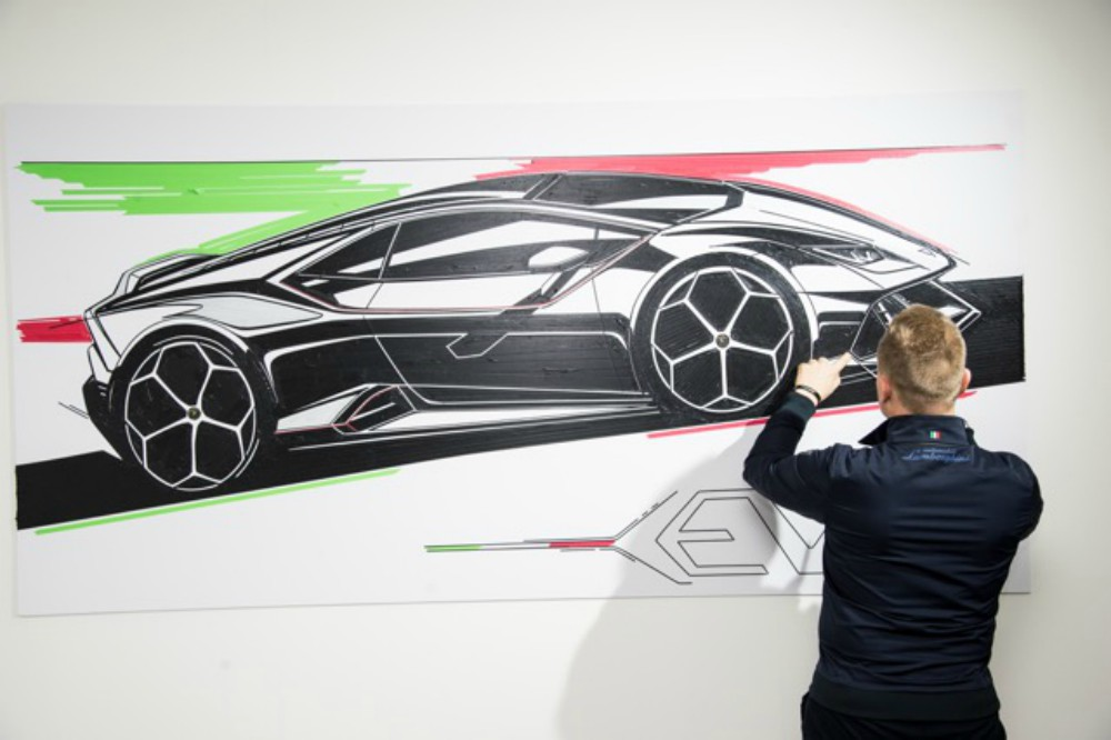 Lamborghini & Avant Gallery Collaborate on an Exclusive Art Project