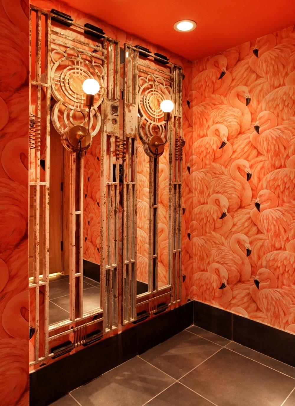 Where to find the coolest bathrooms in miami for Quality bathrooms