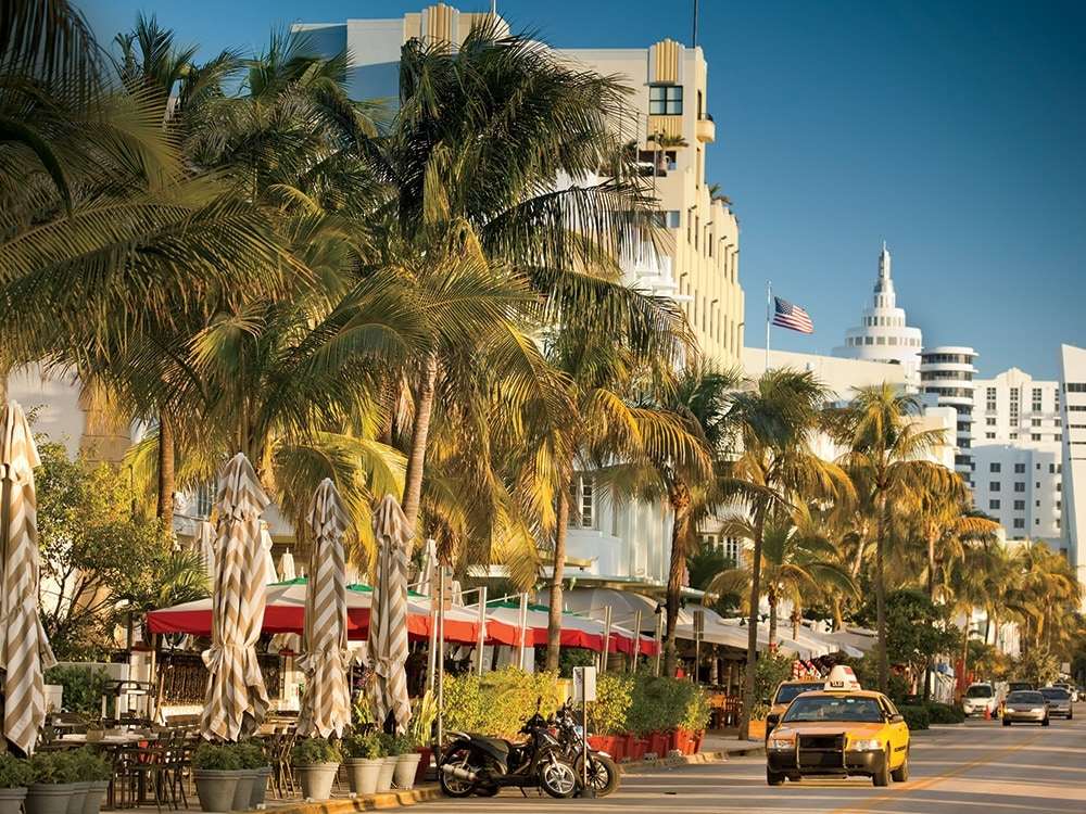 South-Beachs-Ocean-Drive-changes-3.jpg
