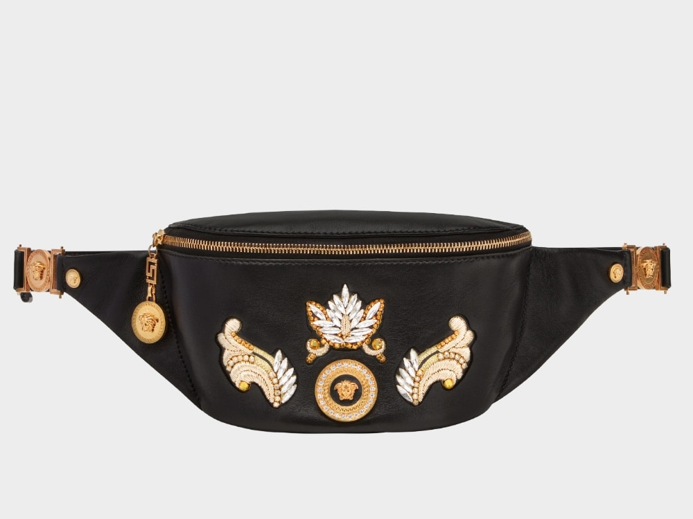 Your Guide to This Season s Most Stylish Belt Bags 4bbe7d7313245