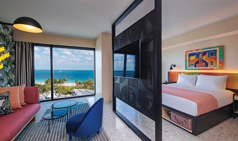 Guest suite at the Moxy featuring oceanfront views PHOTO BY MICHAEL KLEINBERG