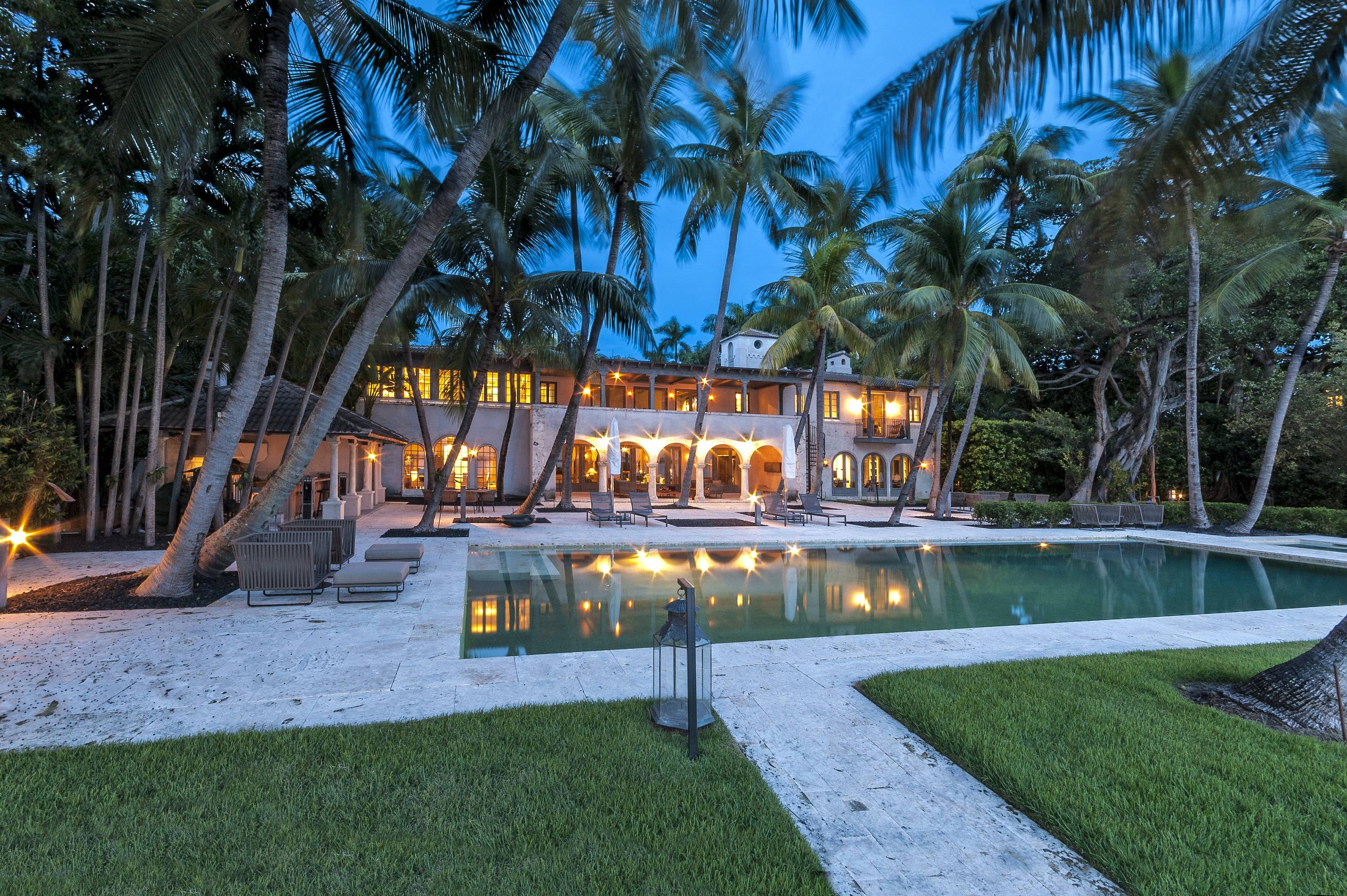 Phil Collins Sold Miami Mansion