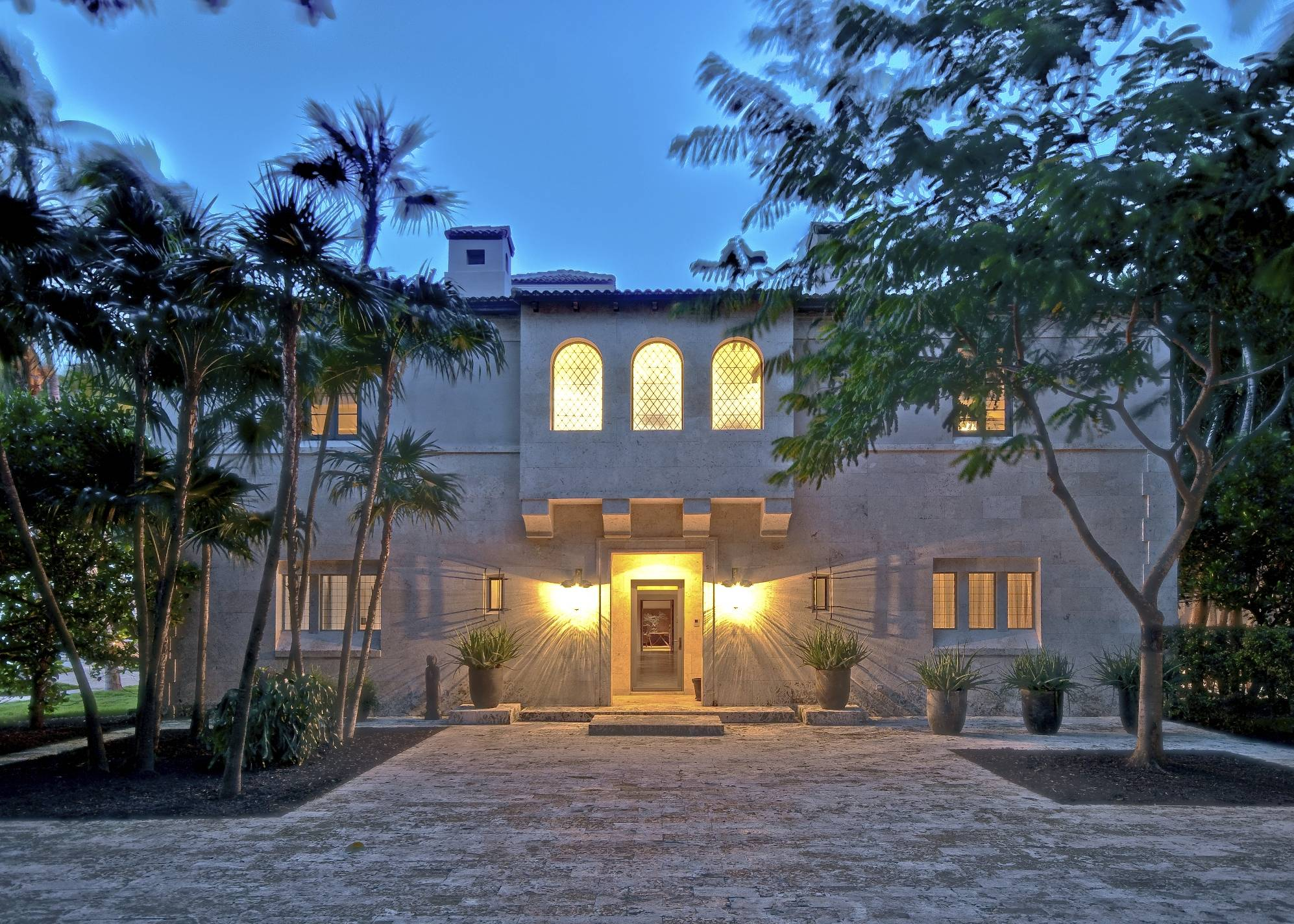 Collins Miami Mansion Sold, Exterior