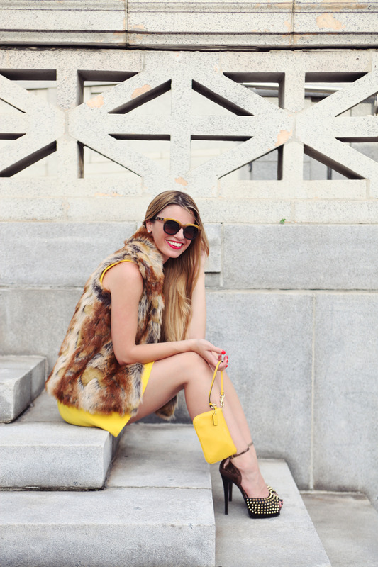 1 - Blogger Style: A Pop of Yellow