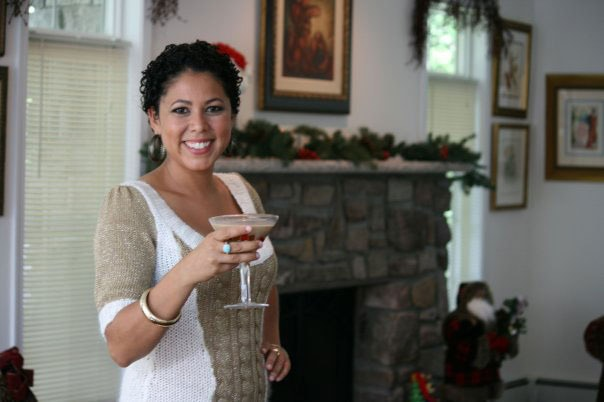 1 - Q&A: Evette Ríos Dishes Holiday Hosting Tips