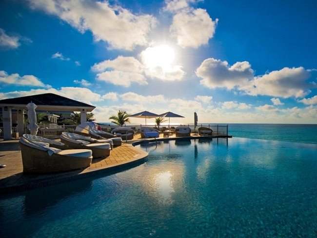 2 - Luxury Resort Getaways in The Bahamas